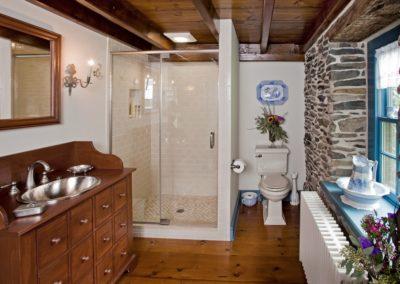 Farmhouse Bathroom Remodel - Before - Licensed Contractor - Brett King Builder-min